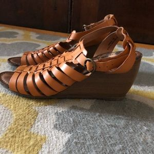 Shoes - Strappy Bear Trap Wedges